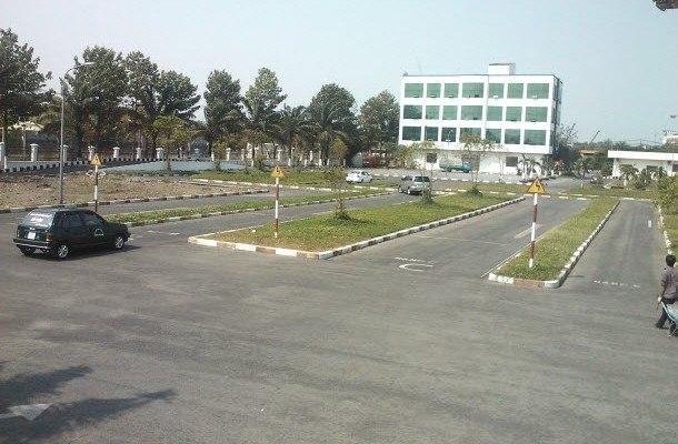 học lái xe ô tô tại huyện nhà bè