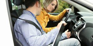 Các bước cơ bản học lái xe ô tô cho người mới bắt đầu