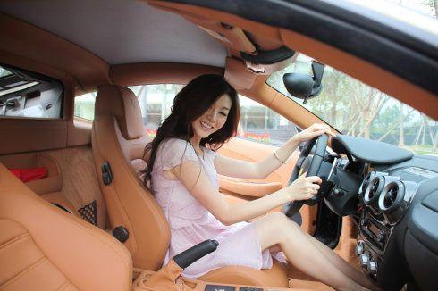 dạy lái xe ô tô bằng video