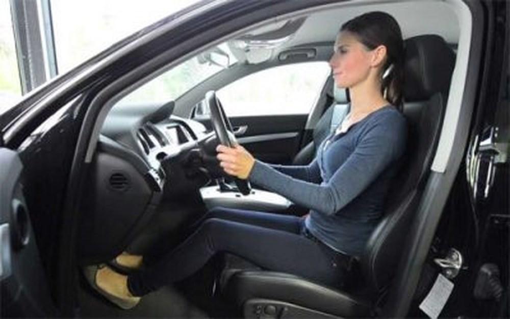 cách chỉnh ghế ngồi lái xe ô tô