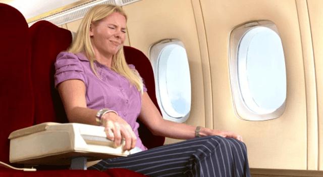 tại sao bị ù tai khi đi máy bay