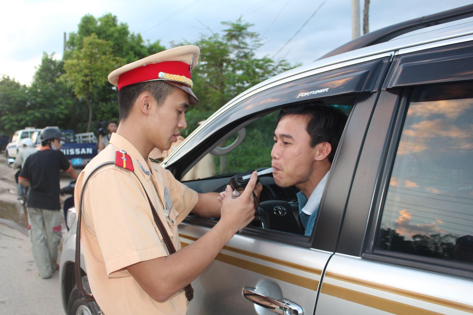 Các lỗi bị tước giấy phép lái xe ô tô