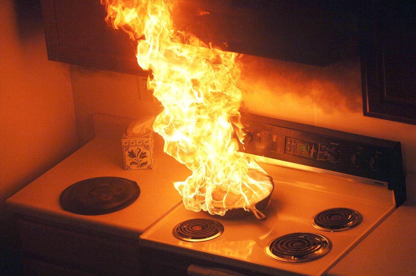 làm gì khi cháy gas