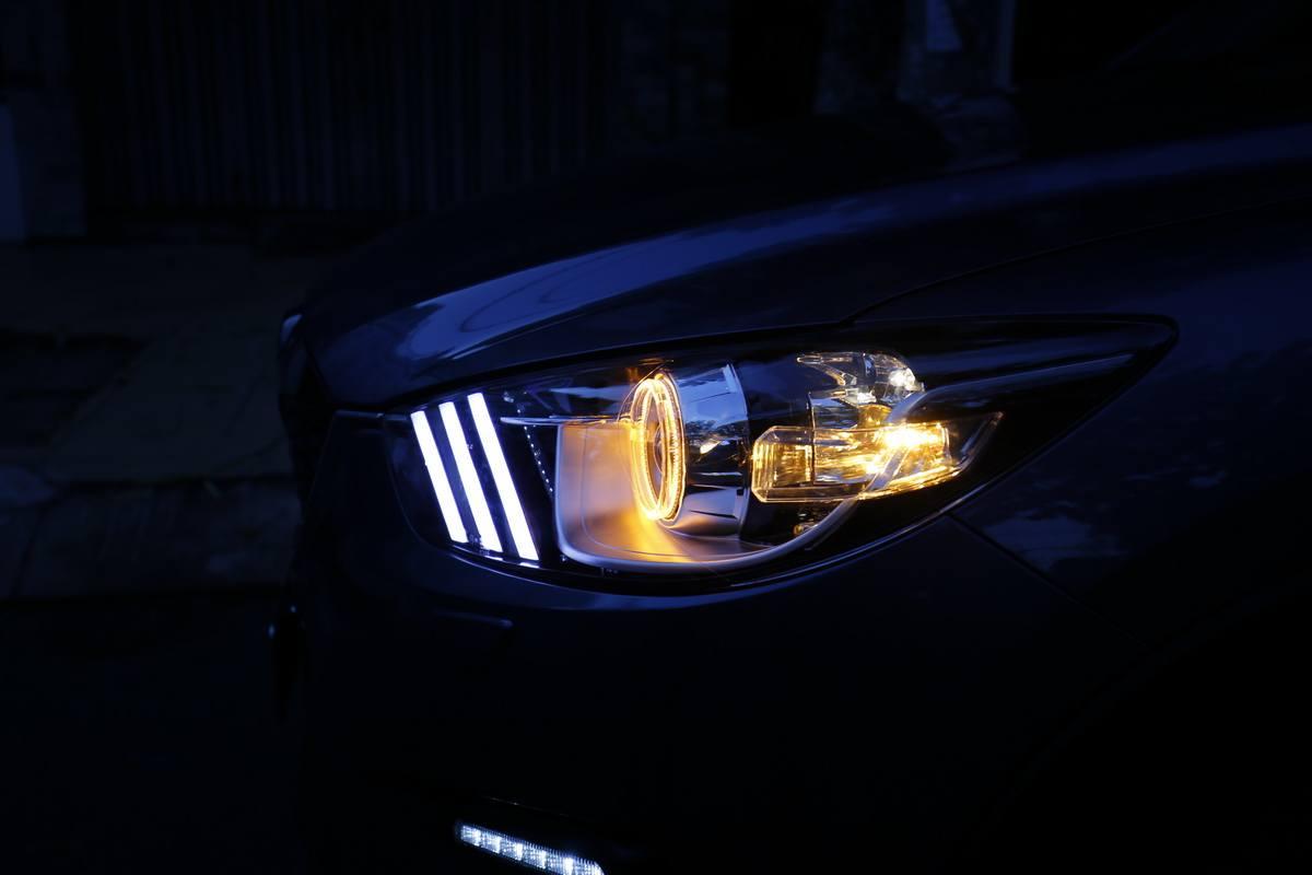 các loại đèn cơ bản của xe ô tô
