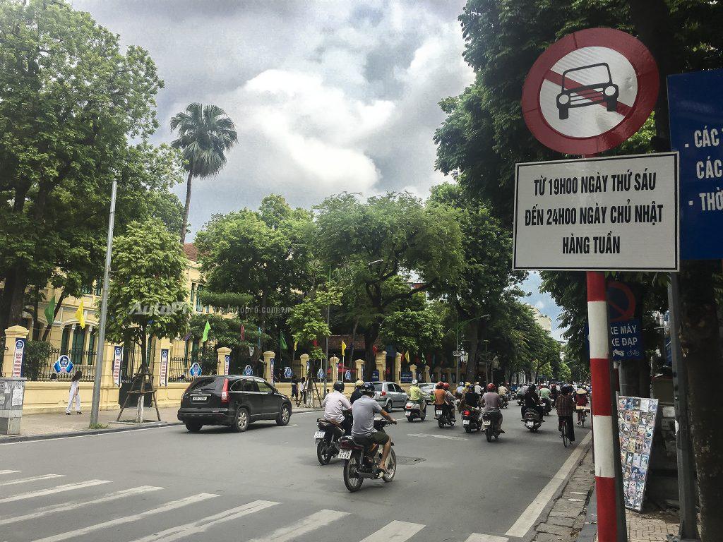 mức phạt ô tô đi vào đường cấm