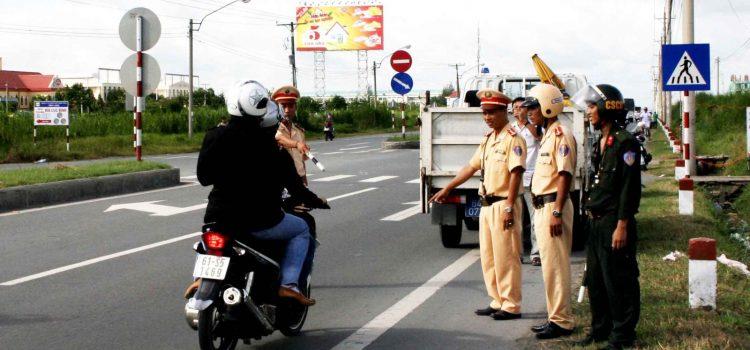 Mức Phạt Xe Máy Chạy Vào Đường Cấm Áp Dụng Năm 2019