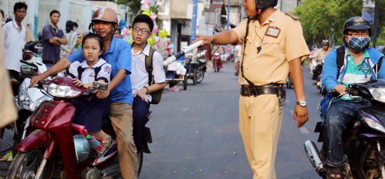 mức phạt xe máy không có giấy phép lái xe