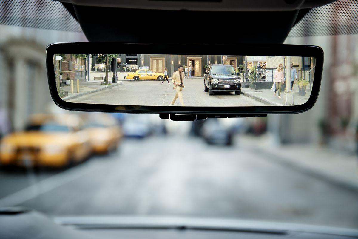 Rear view mirror là gì