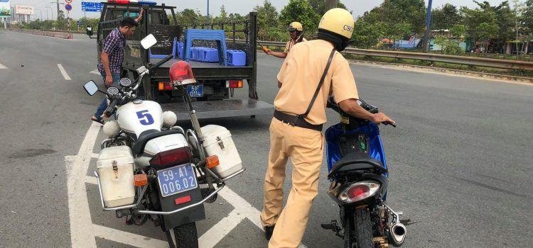 mức phạt xe máy không biển số